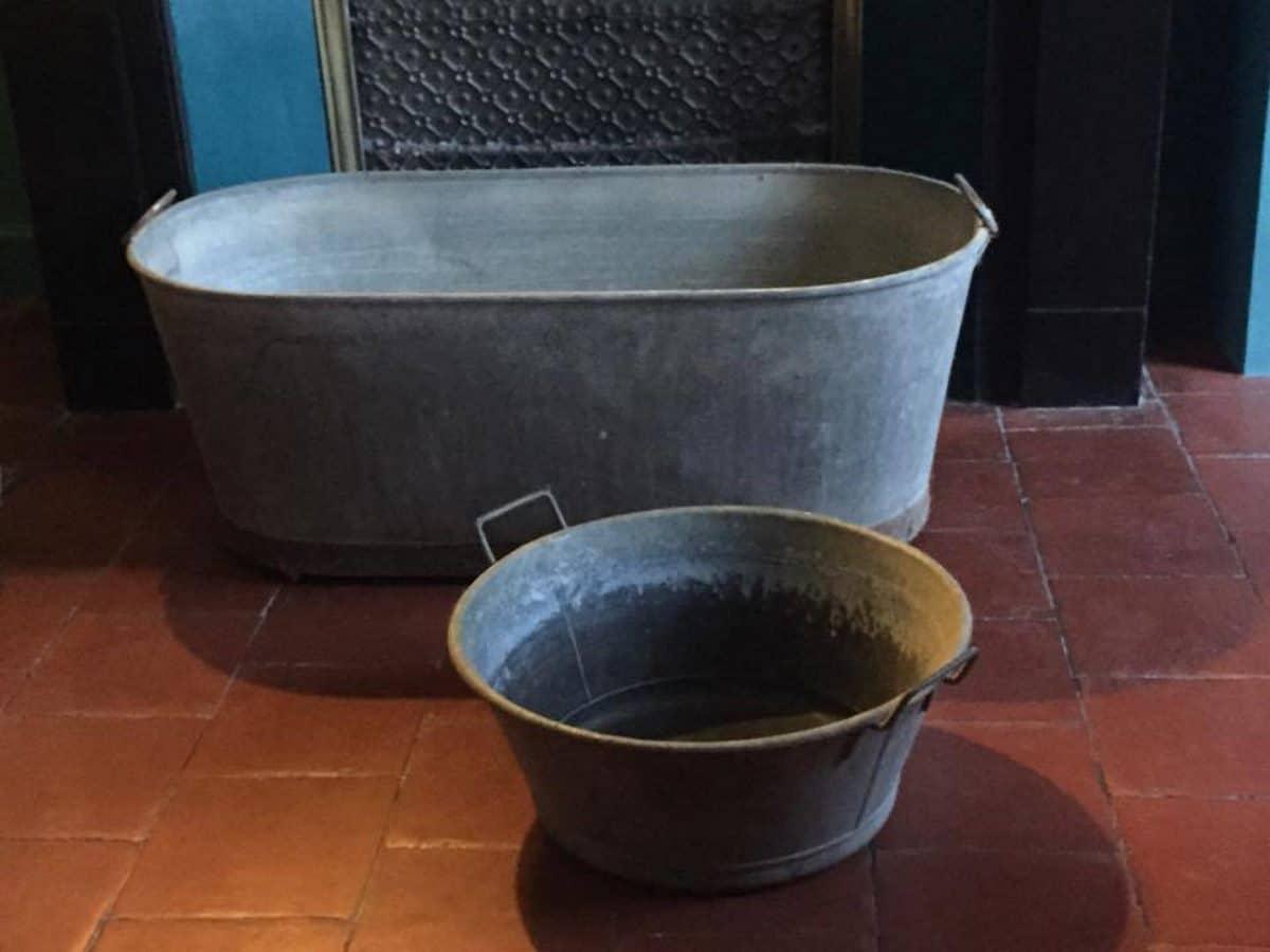 Location accessoires d co mariage vintage pour ambiance - Grande bassine ovale zinc ...