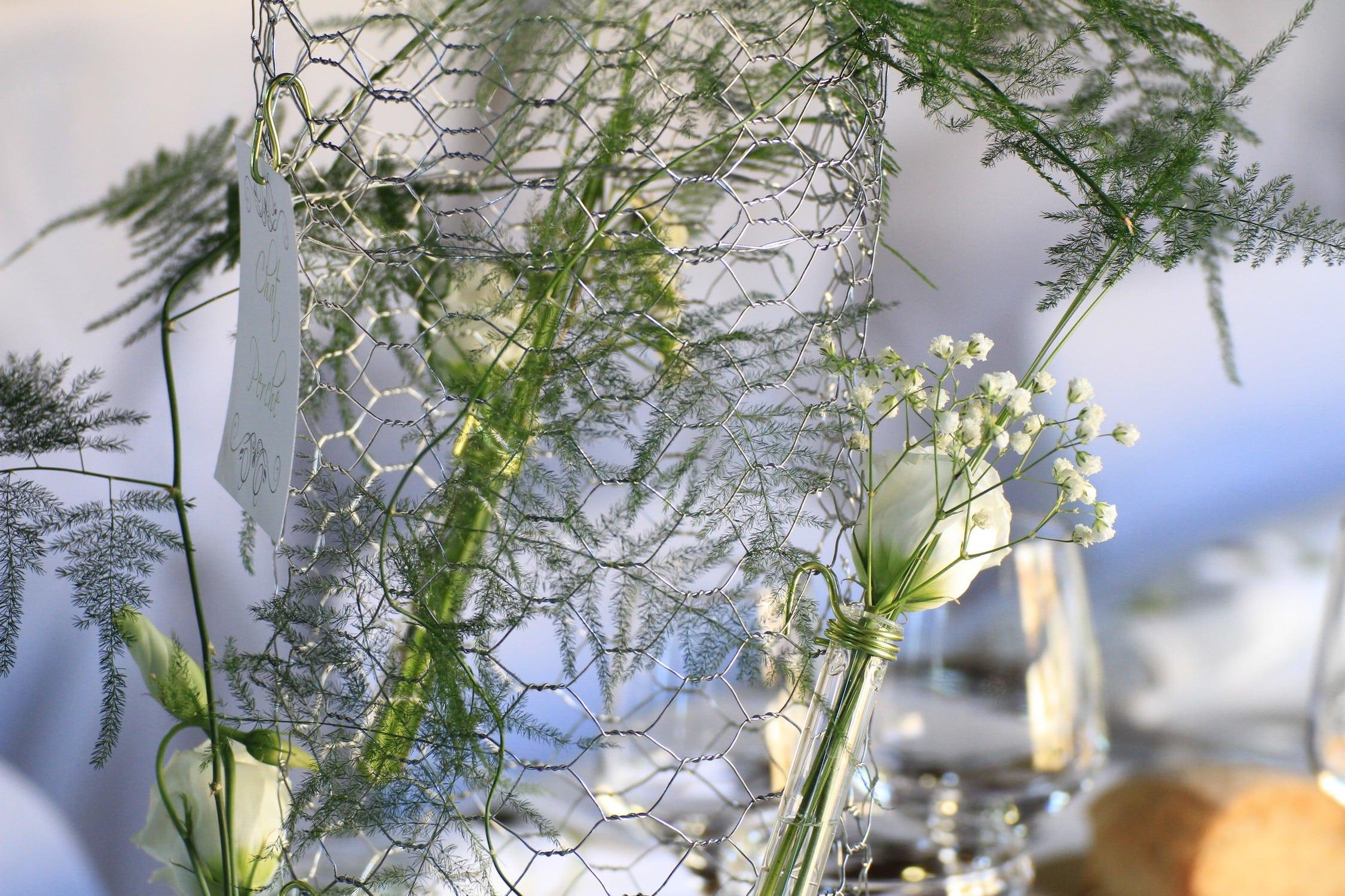belle décoration de table de mariage - deco mariage taupe et vert