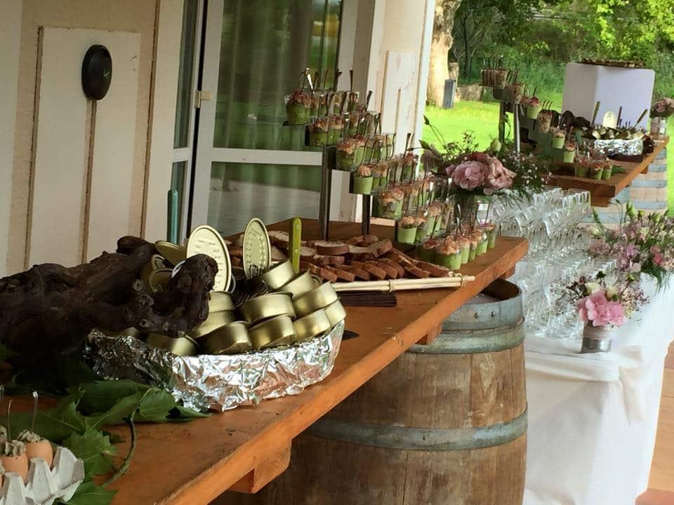 temps-de-reve-champetre-mariage-buffet-compo-florale