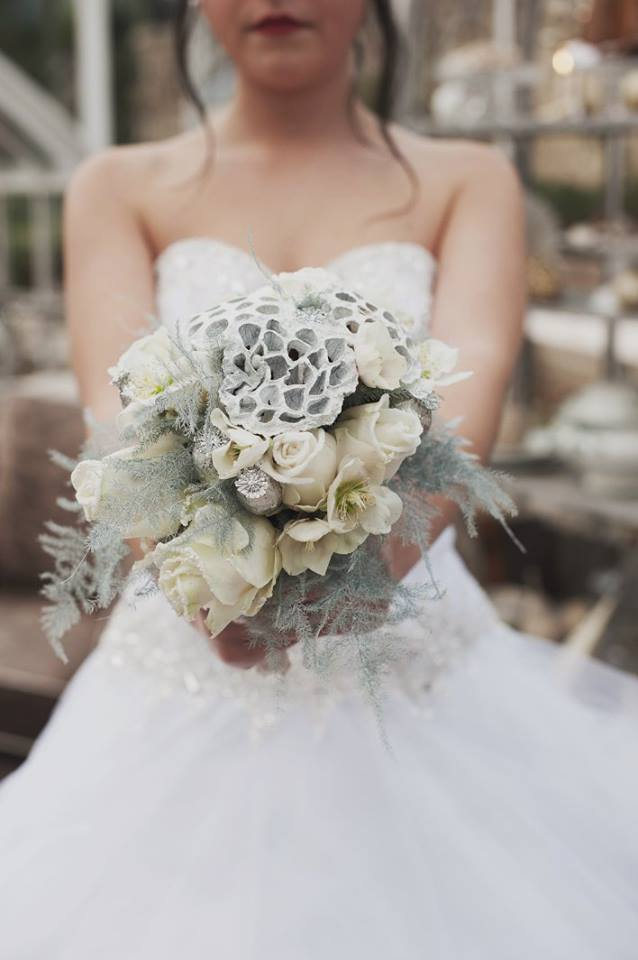 bouquet-mariee-hiver-blanc